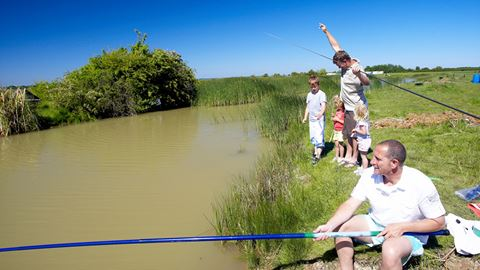 outdoor kids club ultimate fishing guide just for kids