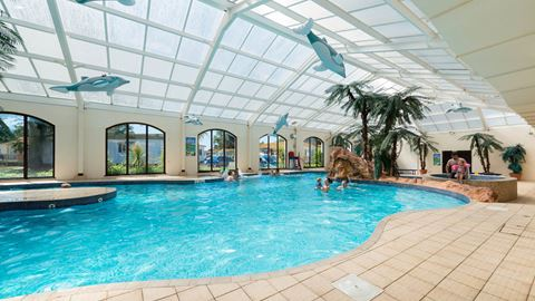 Welcome family holiday park in dawlish warren devon for Camping in devon with swimming pool