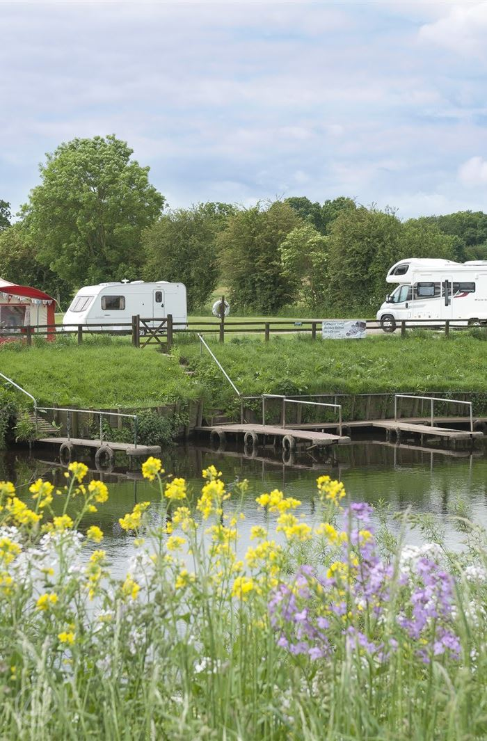 Isle Of Wight Caravan Parks Dog Friendly
