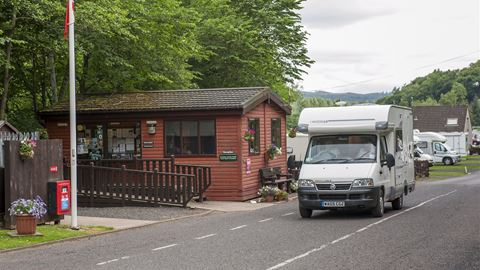 Jedburgh Camping and Caravanning Club Site in Jedburgh ...