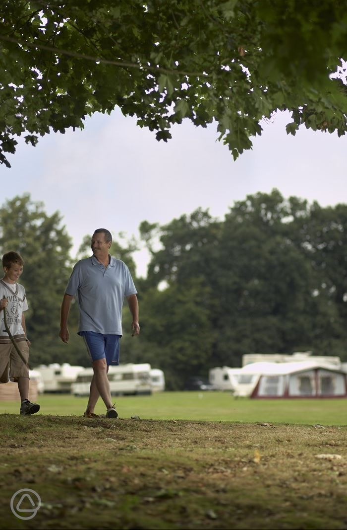 Theobalds Park Camping and Caravanning Club Site in ...