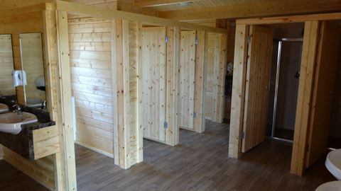 Toilet and Shower facilities at Riddings Wood Caravan and Camping Park