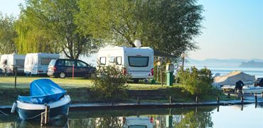 River and lakeside campsites